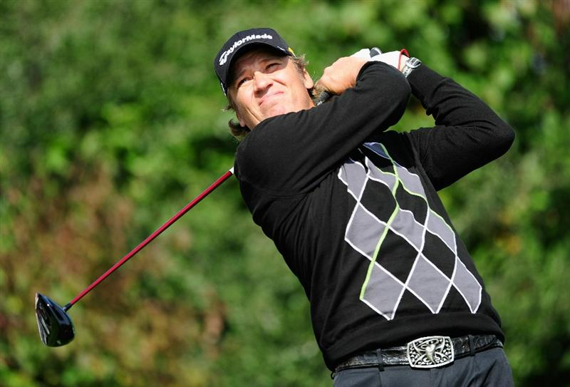 VIENNA, AUSTRIA - SEPTEMBER 16:  Jarmo Sandelin of Sweden plays his tee shot on the 18th hole during the first round of the Austrian golf open presented by Botarin at the Diamond country club on September 16, 2010 in Atzenbrugg near Vienna, Austria.  (Photo by Stuart Franklin/Getty Images)