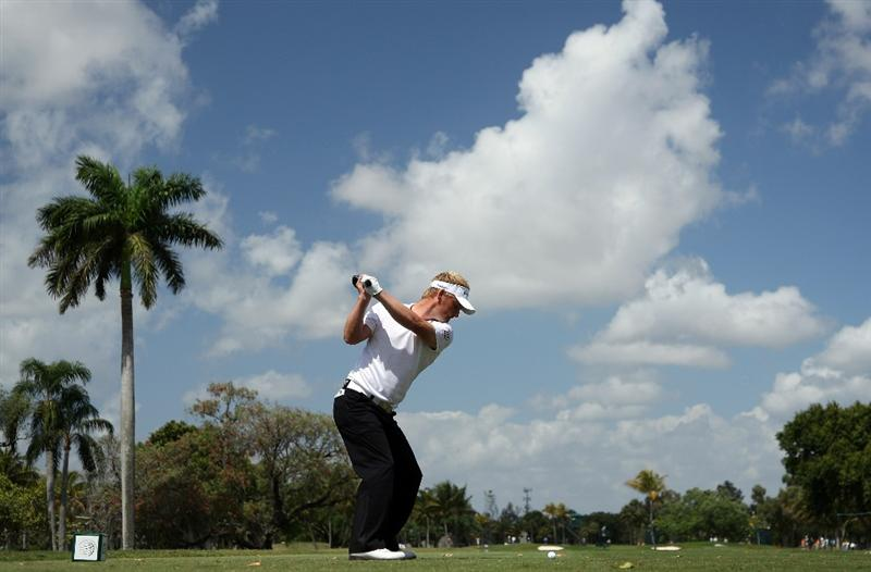 DORAL, FL - MARCH 14: Soren Kjeldsen of Denmark drives at the second hole during the third round of the World Golf Championships-CA Championship at the Doral Golf Resort & Spa on March 14, 2009 in Doral, Florida  (Photo by David Cannon/Getty Images)
