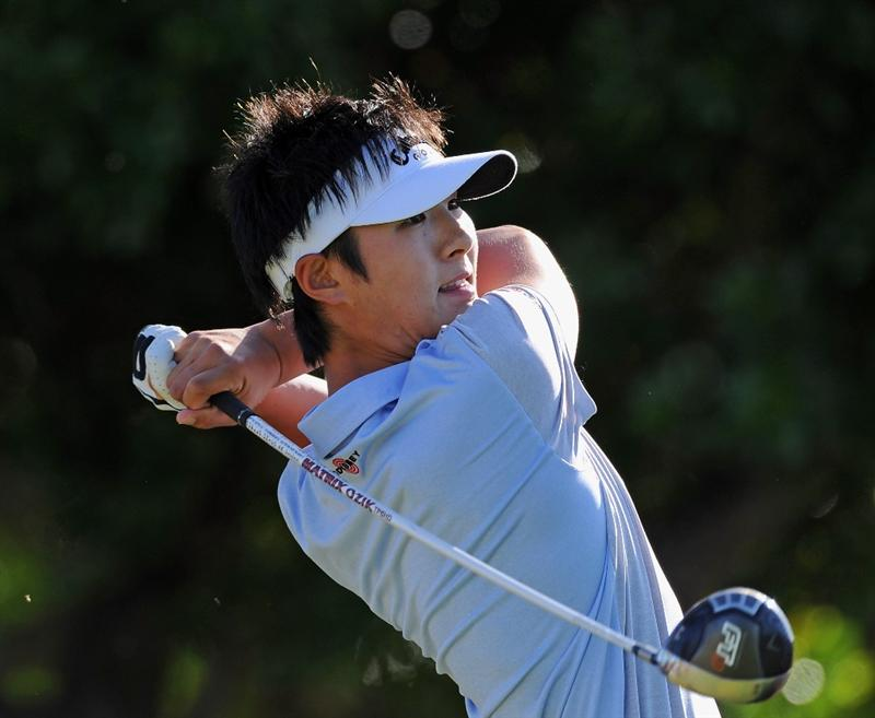 EAST LONDON, SOUTH AFRICA - JANUARY 07:  Danny Lee of New Zealand plays his tee shot on the 11th hole during the first round of the Africa Open at the East London Golf Club on January 7, 2010 in East London, South Africa.  (Photo by Stuart Franklin/Getty Images)