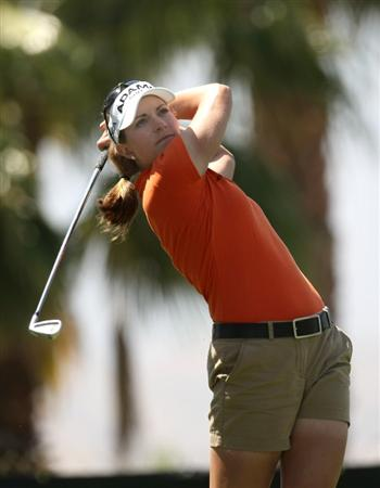 RANCHO MIRAGE, CA - APRIL 02:  Brittany Lang hits her tee shot on the eighth hole during the first round of the Kraft Nabisco Championship at Mission Hills Country Club on April 2, 2009 in Rancho Mirage, California.  (Photo by Stephen Dunn/Getty Images)