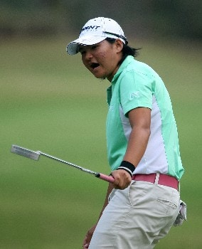DAYTONA BEACH, FL - DECEMBER 02:  Yani Tseng of Taiwan watches a putt on the 18th green during the final round of the 2007 LPGA Qualifying Tournament at LPGA International on December 2, 2007 in Daytona Beach, Florida  (Photo by Scott Halleran/Getty Images)