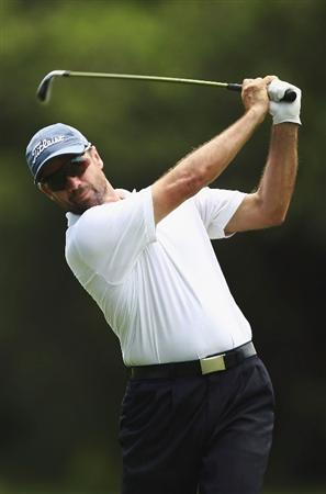 SYDNEY, AUSTRALIA - DECEMBER 13:  Stuart Bouvier of Australia plays an approach shot on the 2nd hole during the third round of the 2008 Australian Open at The Royal Sydney Golf Club on December 13, 2008 in Sydney, Australia.  (Photo by Brendon Thorne/Getty Images)