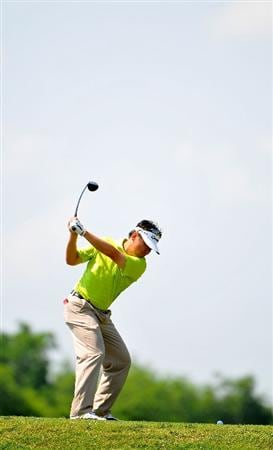 PLANO, TX  - MAY 25: Charlie Wi of South Korea tees off the 7th hole during the International Final Qualifying America for the 2009 British Open Championship at the Gleneagles Country Club on May 25, 2009 in Plano, Texas. Those who are successful will advance to the 138th Open Championship at Turnberry Golf Club in Scotland on July 16-19. (Photo by Marc Feldman/ Getty Images)