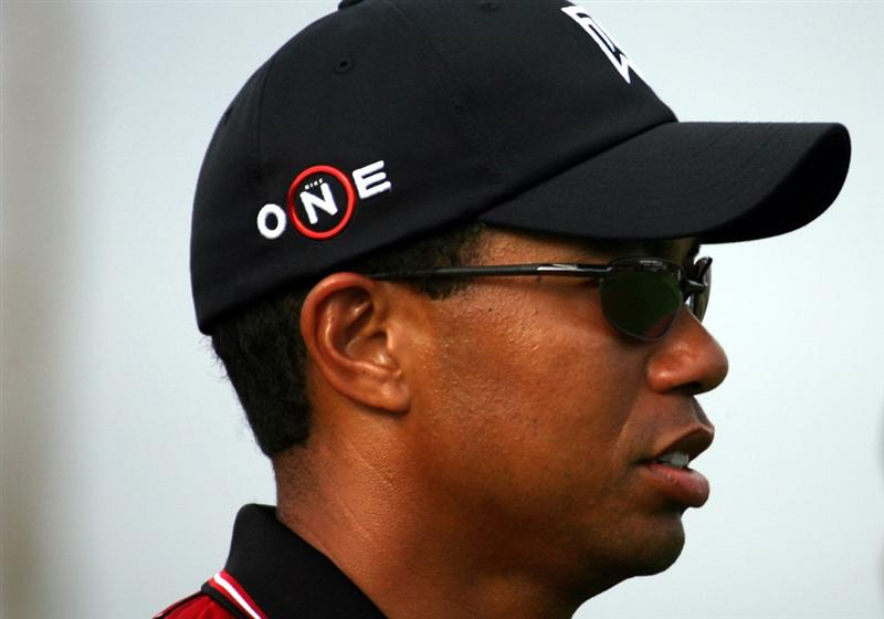 ORLANDO, FL - MARCH 16:  Tiger Woods  arrives for the Tavistock Cup on March 16, 2009 at Lake Nona Country Club in Orlando, Florida.  (Photo by Marc Serota/Getty Images)