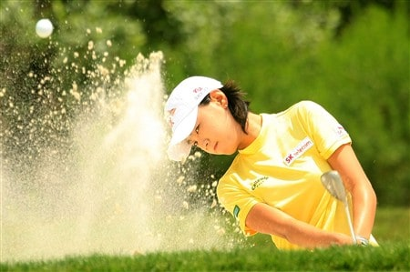 MT. PLEASANT, SC - MAY 31:  Na Yeon Choi of South Korea plays a bunker shot on the third hole during the third round of the Ginn Tribute at RiverTowne Country Club on May 31, 2008 in Mt. Pleasant, South Carolina.  (Photo by Scott Halleran/Getty Images)