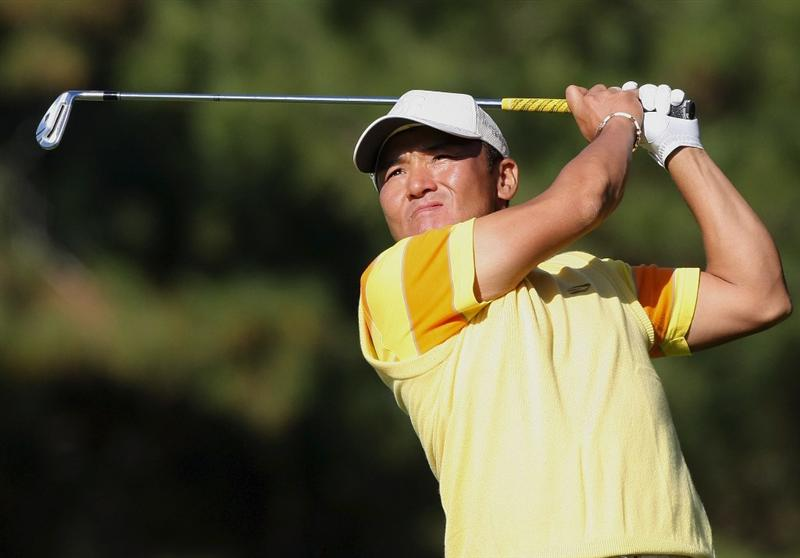 MIYAZAKI, JAPAN - NOVEMBER 22:  Shigeki Maruyama of Japan hits his approach shot on the 16th hole during the third round of the Dunlop Phoenix Tournament 2008 at Phoenix Country Club on November 22, 2008 in Miyazaki, Japan.  (Photo by Koichi Kamoshida/Getty Images)
