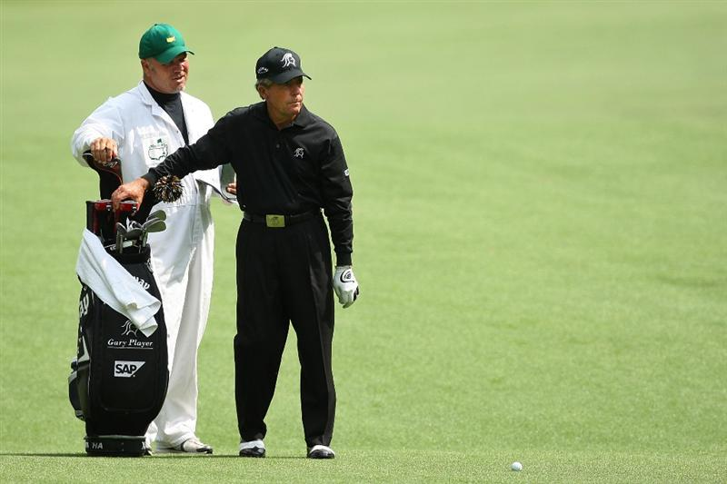 AUGUSTA, GA - APRIL 10:  Gary Player of South Africa waits on the 13th hole with his caddie Dave King during the second round of the 2009 Masters Tournament at Augusta National Golf Club on April 10, 2009 in Augusta, Georgia.  (Photo by David Cannon/Getty Images)