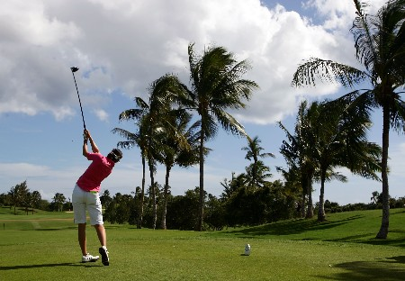 KAPOLEI, HI - FEBRUARY 24:  Stacy Prammanasudh hits a tee shot on the sixth hole during the third round of the Fields Open at Ko Olina Golf Club on February 24, 2007 in Kapolei, Hawaii.  (Photo by Harry How/Getty Images)