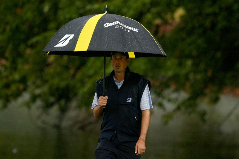 ATLANTA - SEPTEMBER 26:  Matt Kuchar walks to the 18th tee during the final round of THE TOUR Championship presented by Coca-Cola at East Lake Golf Club on September 26, 2010 in Atlanta, Georgia.  (Photo by Scott Halleran/Getty Images)