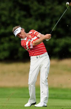 COLOGNE, GERMANY - SEPTEMBER 09:  Bernhard Langer of Germany plays his approach shot during the pro - am Mercedes-Benz Championship at The Gut Larchenhof Golf Club on September 9, 2009 in Pulheim, near Cologne, Germany.  (Photo by Stuart Franklin/Getty Images)