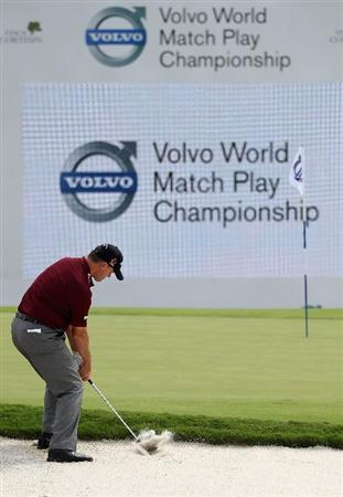 CASARES, SPAIN - MAY 20:  Paul Lawrie of Scotland plays out of the 18th greenside bunker during the group stages of the Volvo World Match Play Championships at Finca Cortesin on May 20, 2011 in Casares, Spain.  (Photo by Warren Little/Getty Images)