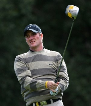 SOTOGRANDE, SPAIN - NOVEMBER 01:  Marc Warren of Scotland hits his tee-shot on the second hole during the first round of the Volvo Masters at Valderrama Golf Club on November 1, 2007 in Sotogrande, Spain.  (Photo by Andrew Redington/Getty Images)