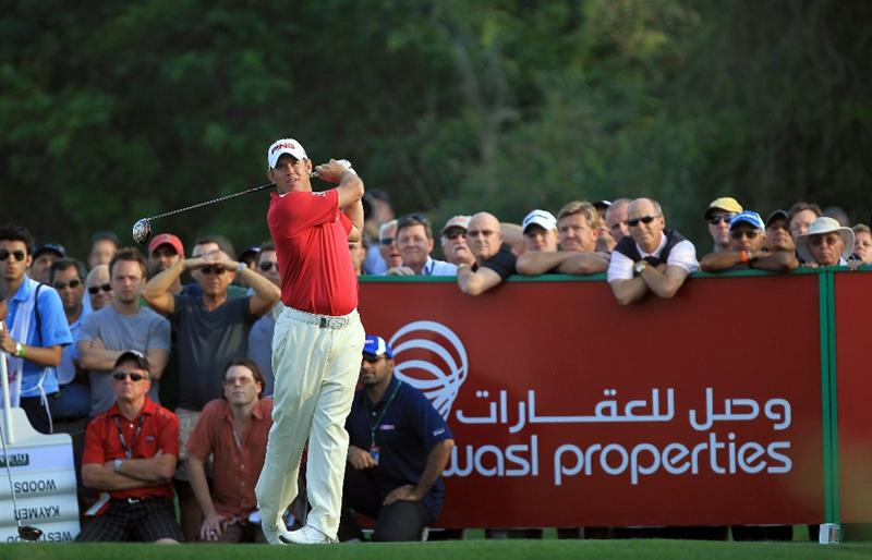 DUBAI, UNITED ARAB EMIRATES - FEBRUARY 10:  Lee Westwood of England plays his tee shot to the 16th hole during the first round of the 2011 Omega Dubai Desert Classic on the Majilis Course at the Emirates Golf Club on February 10, 2011 in Dubai, United Arab Emirates.  (Photo by David Cannon/Getty Images)