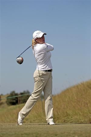 PRATTVILLE, AL - SEPTEMBER 26:  Cristie Kerr watches her drive from the 3rd tee during second round play in the Navistar LPGA Classic at the Robert Trent Jones Golf Trail at Capitol Hill on September 26, 2008 in Prattville, Alabama.  (Photo by Dave Martin/Getty Images)
