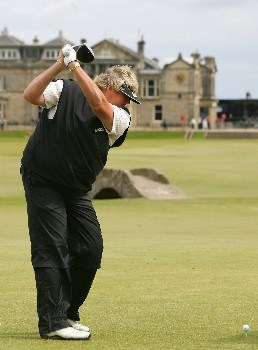 ST ANDREWS, UNITED KINGDOM - AUGUST 01:  Laura Davies of England tees off on the 18th hole during the Pro-Am prior to the 2007 Ricoh Women's British Open held on the Old Course at St Andrews on August 1, 2007 in St Andrews, Scotland. (Photo by Warren Little/Getty Images)