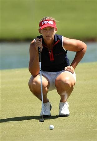 RANCHO MIRAGE, CA - APRIL 03:  Angela Stanford lines up her putt on the fifth hole during the second round of the Kraft Nabisco Championship at Mission Hills Country Club on April 3, 2009 in Rancho Mirage, California.  (Photo by Stephen Dunn/Getty Images)