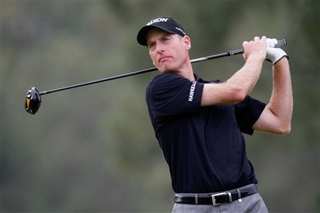 SAN DIEGO - JUNE 12:  Jim Furyk hits his tee shot on the 15th hole during the first round of the 108th U.S. Open at the Torrey Pines Golf Course (South Course) on June 12, 2008 in San Diego, California.  (Photo by Jeff Gross/Getty Images)