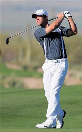 MARANA, AZ - MARCH 1:  Paul Casey of England plays his approach shot on the eighth hole during the final round of Accenture Match Play Championships at The Ritz-Carlton Golf Club at Dove Mountain March 1, 2009 in Marana, Arizona.  (Photo by Stuart Franklin/Getty Images)