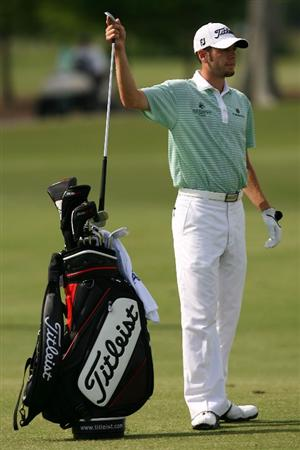 AVONDALE, LA - APRIL 22:  Troy Merritt pulls a club out of his bag on the 13th hole during the first round of the Zurich Classic at TPC Louisiana on April 22, 2010 in Avondale, Louisiana.  (Photo by Chris Trotman/Getty Images)