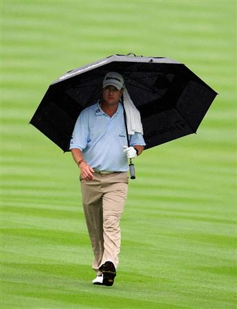 AKRON, OH - AUGUST 08:  Scott Verplank walks up the 13th hole during the third round of the WGC-Bridgestone Invitational on the South Course at Firestone Country Club on August 8, 2009 in Akron, Ohio.  (Photo by Sam Greenwood/Getty Images)