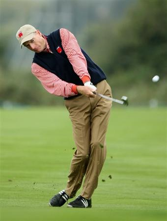 NEWPORT, WALES - SEPTEMBER 30:  Jim Furyk of the USA hits a shot during a practice round prior to the 2010 Ryder Cup at the Celtic Manor Resort on September 30, 2010 in Newport, Wales.  (Photo by Andy Lyons/Getty Images)