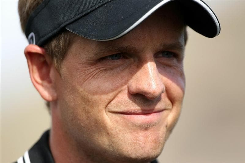 MARANA, AZ - FEBRUARY 25:  Luke Donald of England smiles as he looks on after winning his match during the third round of the Accenture Match Play Championship at the Ritz-Carlton Golf Club on February 25, 2011 in Marana, Arizona.  (Photo by Andy Lyons/Getty Images)