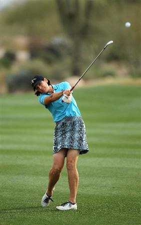 PHOENIX, AZ - MARCH 19:  Juli Inkster hits her second shot on the 12th hole during the second round of the RR Donnelley LPGA Founders Cup at Wildfire Golf Club on March 19, 2011 in Phoenix, Arizona.  (Photo by Stephen Dunn/Getty Images)