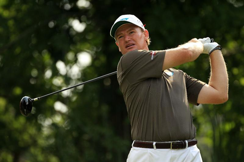 PONTE VEDRA BEACH, FL - MAY 13:  Ernie Els of South Africa hits his tee shot on the fifth hole during the second round of THE PLAYERS Championship held at THE PLAYERS Stadium course at TPC Sawgrass on May 13, 2011 in Ponte Vedra Beach, Florida.  (Photo by Streeter Lecka/Getty Images)