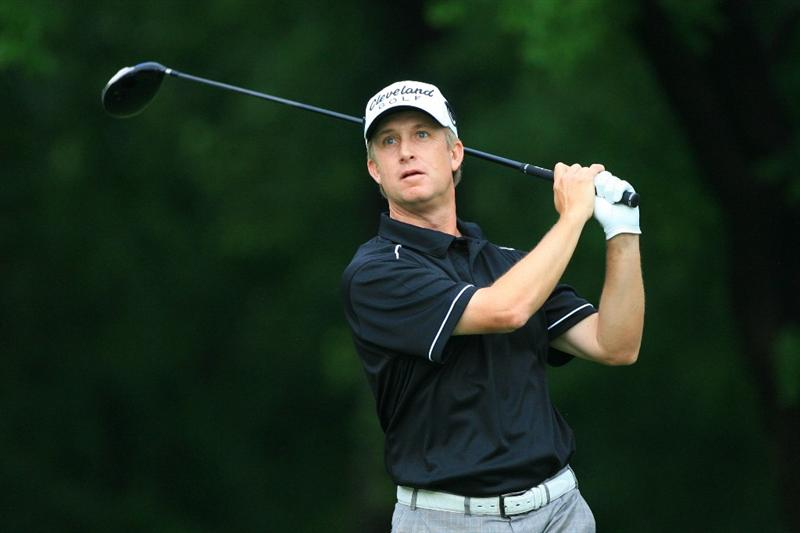 FORT WORTH, TX - MAY 20: David Toms watches his tee shot on the 12th hole during the second round of the Crowne Plaza Invitational at Colonial Country Club on May 20, 2011 in Fort Worth, Texas. (Photo by Hunter Martin/Getty Images)