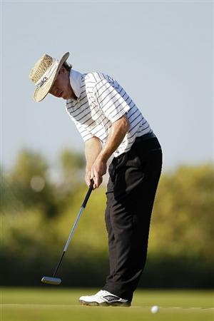 PLAYA DEL CARMEN, MEXICO - FEBRUARY 24:  Briny Baird strokes a putt during the first round of the Mayakoba Golf Classic at Riviera Maya-Cancun held at El Camaleon Golf Club on February 24, 2011 in Playa del Carmen, Mexico.  (Photo by Michael Cohen/Getty Images)