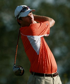 PORT SAINT LUCIE, FL - OCTOBER 28:  Bob Estes hits his tee shot on the ninth hole during the final round of the Ginn Sur Mer Classic at Tesoro Resort October 28, 2007 in Port Saint Lucie, Florida.  (Photo by Doug Benc/Getty Images)