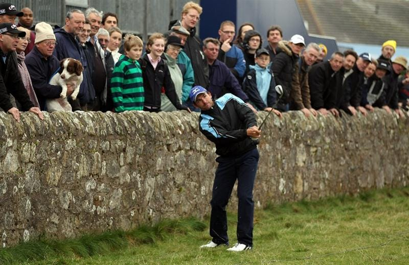 ST ANDREWS, SCOTLAND - OCTOBER 09: Ignacio Garrido of Spain on the 'Road Hole' during the third round of The Alfred Dunhill Links Championship at The Old Course on October 9, 2010 in St Andrews, Scotland.  (Photo by Ross Kinnaird/Getty Images)