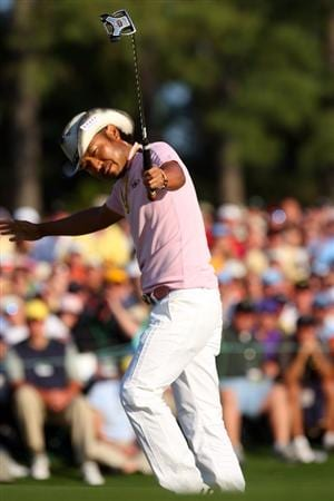 AUGUSTA, GA - APRIL 12:  Shingo Katayama of Japan celebrates a birdie putt on the 18th green during the final round of the 2009 Masters Tournament at Augusta National Golf Club on April 12, 2009 in Augusta, Georgia.  (Photo by Andrew Redington/Getty Images)