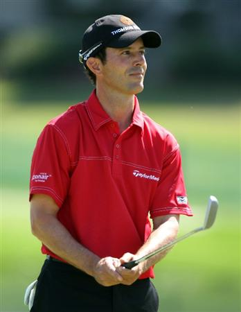 ORLANDO, FL - MARCH 26:  Mike Weir of Canada reacts to a missed putt on the 17th green during the second round of the Arnold Palmer Invitational presented by MasterCard at the Bayhill Club and Lodge on March 26, 2010 in Orlando, Florida.  (Photo by Scott Halleran/Getty Images)