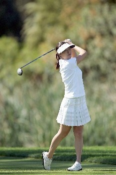 RANCHO MIRAGE, CALIFORNIA - APRIL 01:  Shi Hyun Ahn of Korea drives from the sixth tee during the final round of the 2007 Kraft Nabisco Championship held at Mission Hills Country Club on April 1, 2007 in Rancho Mirage, California.  (Photo by David Cannon/Getty Images)