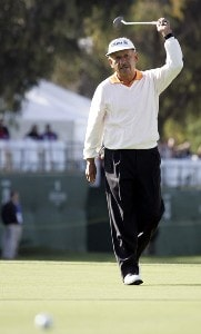 Vicente Fernandez reacts to missing a birdie putt on the 18th green in during the final round of the Toshiba Classic at Newport Beach Country Club in Newport Beach, California on March 19, 2006.Photo by Gregory Shamus/WireImage.com
