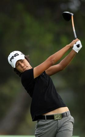 LA JOLLA, CA - SEPTEMBER 19:  Song-Hee Kim of South Korea tees off the 5th hole during the third round of the LPGA Samsung World Championship on September 19, 2009 at Torrey Pines Golf Course in La Jolla, California.  (Photo By Donald Miralle/Getty Images)