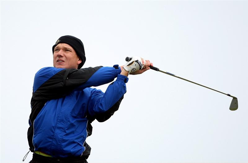 BALTRAY, IRELAND - MAY 16:  Andrew McLardy of South Africa tees off on the seventh hole during the third round of The 3 Irish Open at County Louth Golf Club on May 16, 2009 in Baltray, Ireland.  (Photo by Andrew Redington/Getty Images)