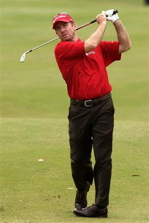 MELBOURNE, AUSTRALIA - NOVEMBER 29:  Rod Pampling of Australia plays his second shot on the sixth hole during the third round of the 2008 Australian Masters at Huntingdale Golf Club on November 29, 2008 in Melbourne, Australia  (Photo by Quinn Rooney/Getty Images)