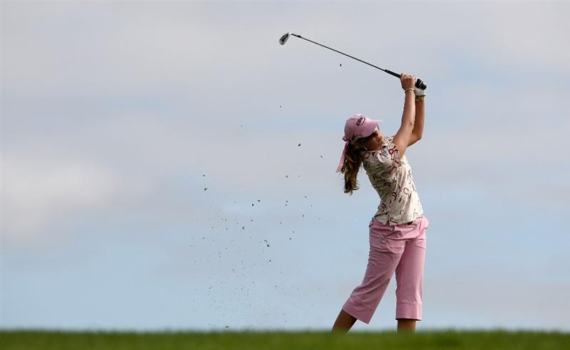 HALF MOON BAY, CA - OCTOBER 02:  Paula Creamer hits her second shot on the 15th hole during the first round of the Samsung World Championship at the Half Moon Bay Golf Links Ocean Course on October 2, 2008 in Half Moon Bay, California.  (Photo by Jonathan Ferrey/Getty Images)