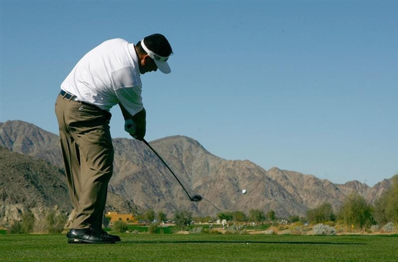 LA QUINTA, CA - JANUARY 24:  David Berganio Jr. hits a tee shot on the first hole during the fourth round of the Bob Hope Chrysler Classic at the Silver Rock Resort on January 24, 2009 in La Quinta, California.  (Photo by Jeff Gross/Getty Images)
