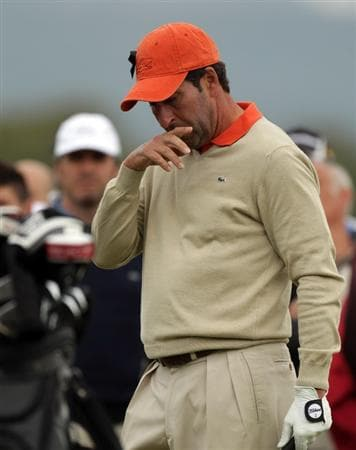 BARCELONA, SPAIN - MAY 07:  Jose Maria Olazabal of Spain makes on the first tee during the third round of the Open de Espana at the the Real Club de Golf El Prat on May 7 , 2011 in Barcelona, Spain.  (Photo by Ross Kinnaird/Getty Images)