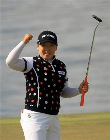 WEST PALM BEACH, FL - NOVEMBER 23:  Ji-Yai Shin of South Korea celebrates her one-stroke victory at the ADT Championship at the Trump International Golf Club on November 23, 2008 in West Palm Beach, Florida.  (Photo by Scott Halleran/Getty Images)