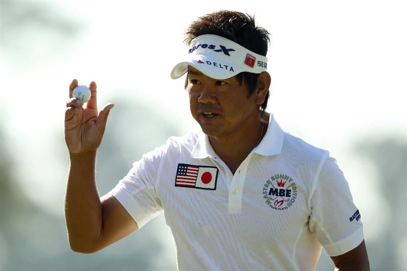 AUGUSTA, GA - APRIL 07:  Hiroyuki Fujita of Japan waves to the gallery on the first green during the first round of the 2011 Masters Tournament at Augusta National Golf Club on April 7, 2011 in Augusta, Georgia.  (Photo by Jamie Squire/Getty Images)
