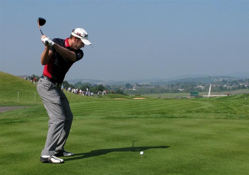 NEWPORT, WALES - JUNE 03:  Bradley Dredge of Wales hits his tee-shot on the 18th hole during the first round of the Celtic Manor Wales Open on The Twenty Ten Course at The Celtic Manor Resort on June 3, 2010 in Newport, Wales.  (Photo by Andrew Redington/Getty Images)