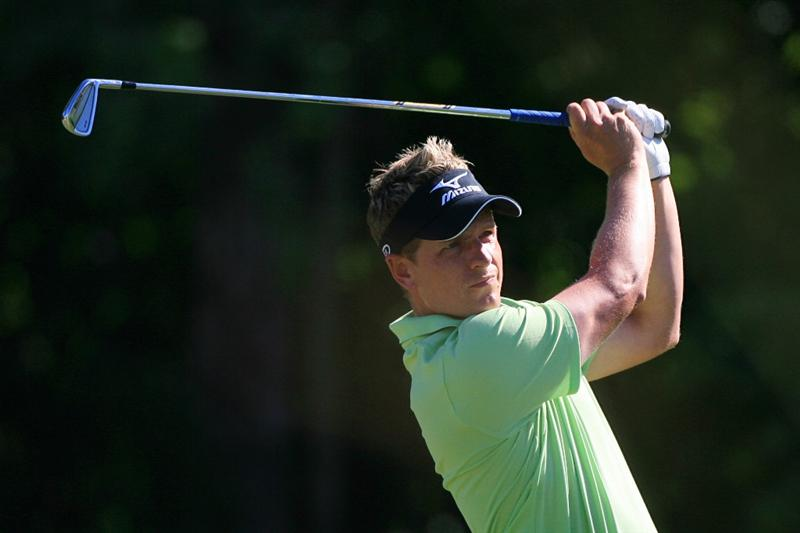 NEW ORLEANS, LA - APRIL 28 : Luke Donald of England hits his tee shot on the 14th hole during the first round of the Zurich Classic at the TPC Louisiana on April 28, 2011 in New Orleans, Louisiana. (Photo by Hunter Martin/Getty Images)