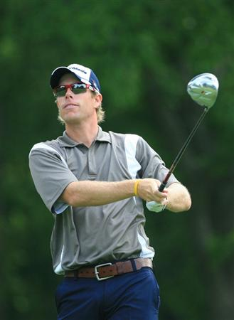 FT. WORTH, TX - MAY 19: David Hearn of Canada watches his tee shot on the 12th hole during the first round of the Crowne Plaza Invitational at Colonial Country Club on May 19, 2011 in Ft. Worth, Texas. (Photo by Hunter Martin/Getty Images)