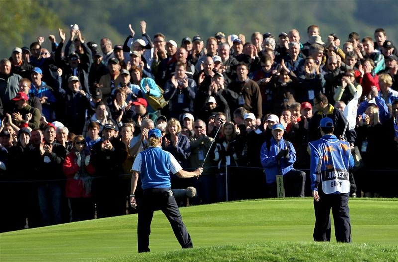 NEWPORT, WALES - OCTOBER 04:  Miguel Angel Jimenez of Europe acknowledges the crowd on the 1st green after holing a putt in the singles matches during the 2010 Ryder Cup at the Celtic Manor Resort on October 4, 2010 in Newport, Wales. (Photo by Jamie Squire/Getty Images)