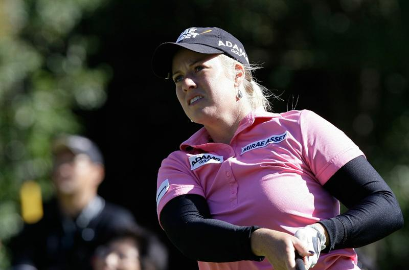 SHIMA, JAPAN - NOVEMBER 05:  Brittany Lincicome of the United States plays a shot on the 6th hole during round one of the Mizuno Classic at Kintetsu Kashikojima Country Club on November 5, 2010 in Shima, Japan.  (Photo by Chung Sung-Jun/Getty Images)