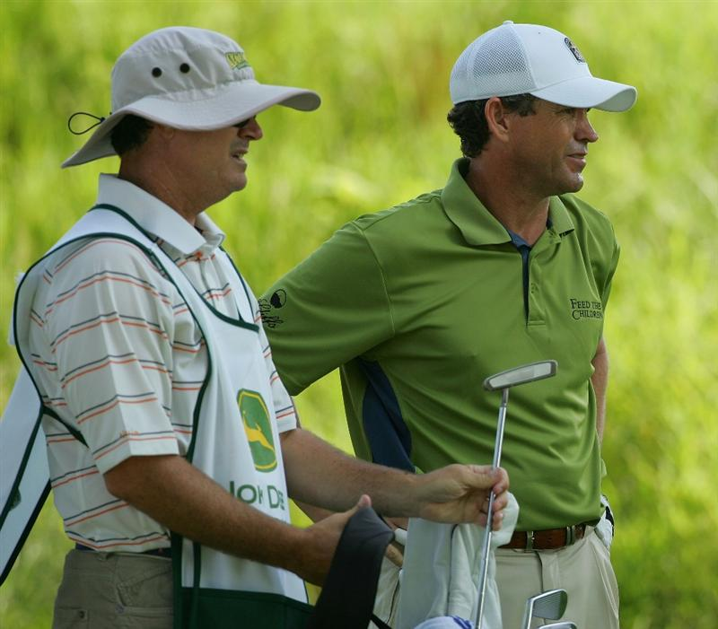 SILVIS, IL - JULY 11:  Lee Janzen of the USA during the continuation of the second round of the John Deere Classic at TPC Deere Run held on July 11, 2009 in Silvis, Illinois.  (Photo by Michael Cohen/Getty Images)